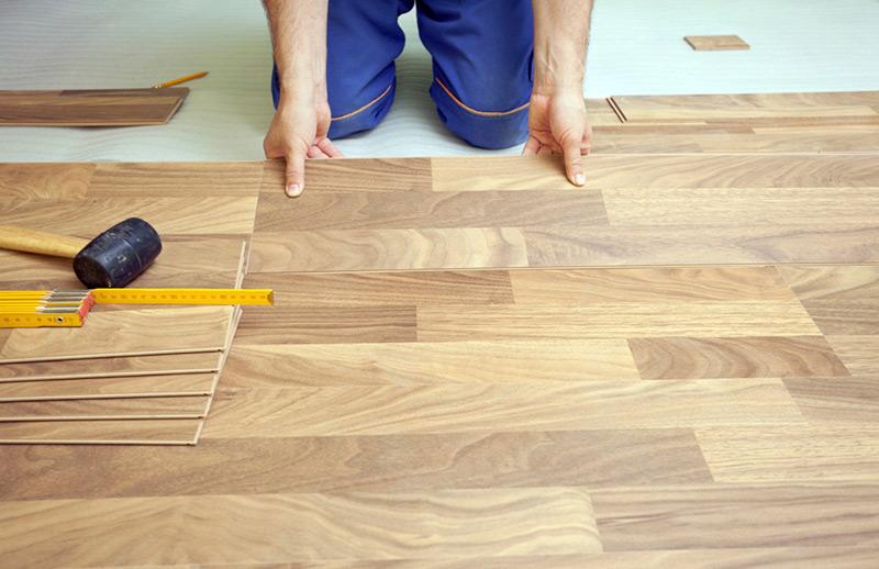 Pisos que imitam madeira veja os principais modelos - Como reparar un piso de parquet levantado ...