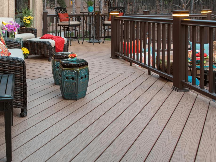 varanda com deck de pvc
