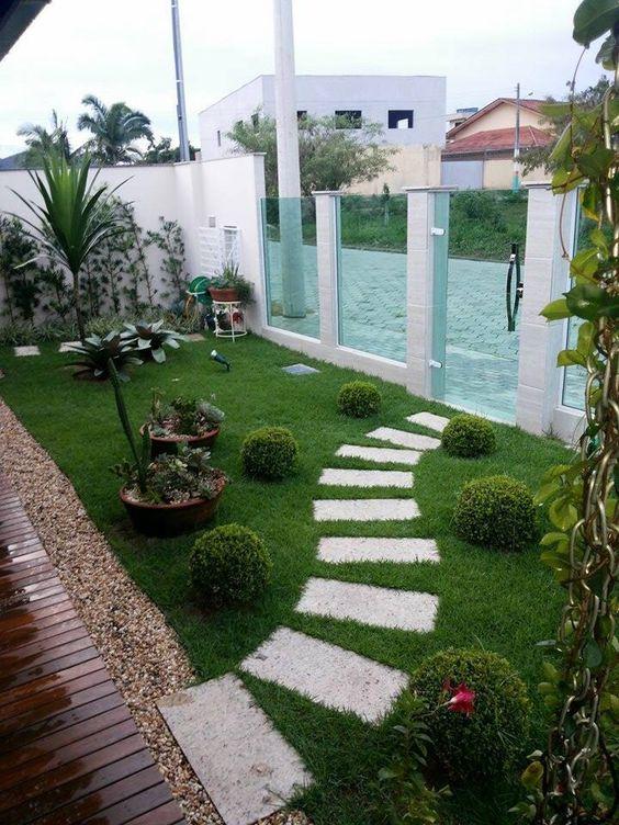 Modelos de Jardins Externos 90 modelos incríveis para voc u00ea se inspirar! -> Decoração De Jardins Com Pedras E Flores