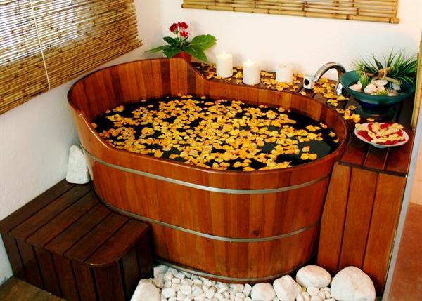 ofuro-spa-banheira-de-madeira=spa-de-madeira