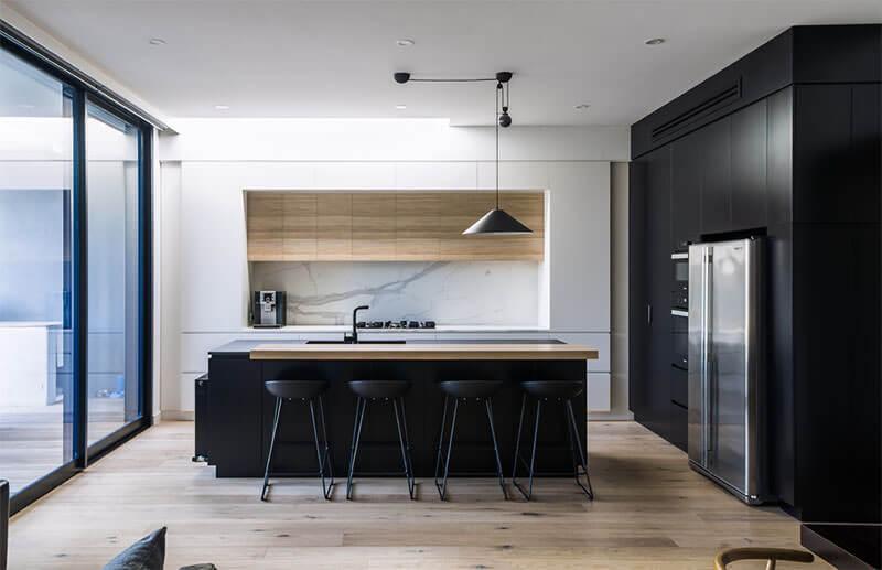 cozinha com decoração no estilo minimalista