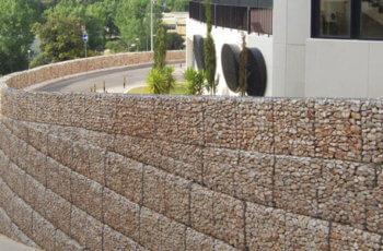 O que é muro de gabião e como é utilizado na arquitetura? Entenda Antes!