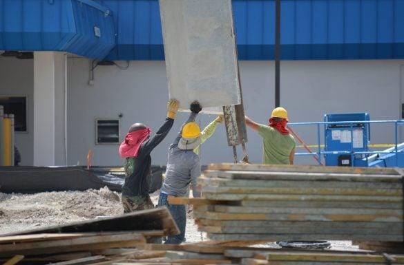 Por que investir na construção civil no Brasil, agora?