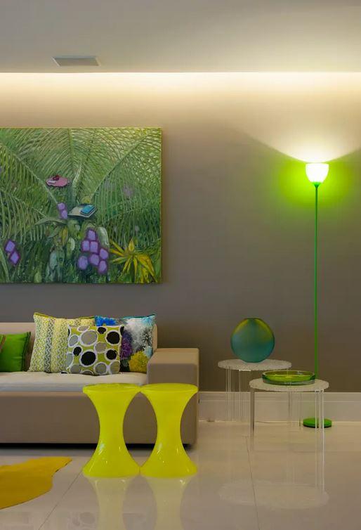 Apartamento no Guarujá projetado por Brunette Fraccaroli