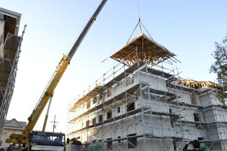 Prédio construído em wood frame - Licença e legislação para casas pré-fabricadas