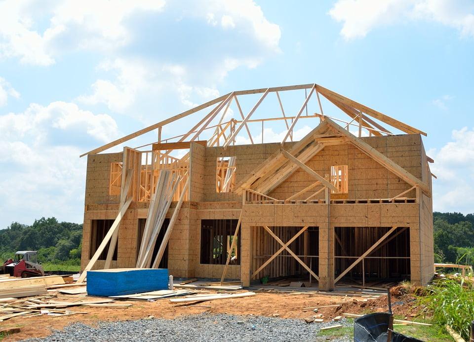 Casa pré-fabricada de madeira