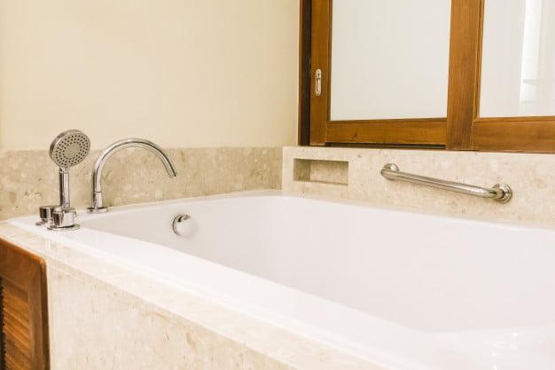 Banheiras de Canto