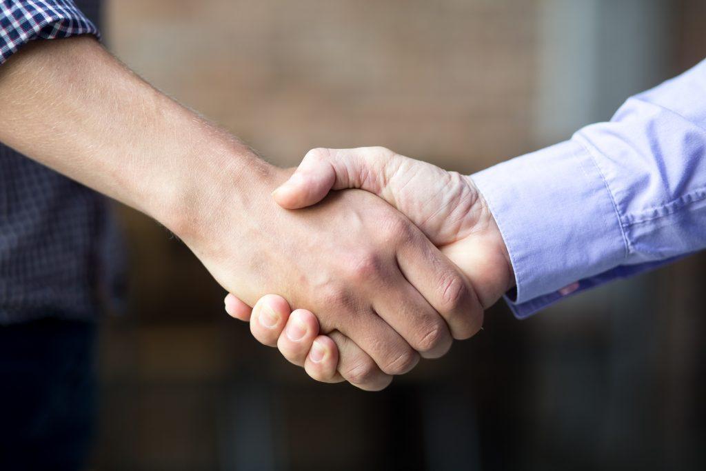Como posso utilizar a comunicação assertiva com o meu cliente