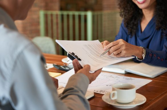 A importância do contrato de prestação de serviço para arquitetos, designers e engenheiros