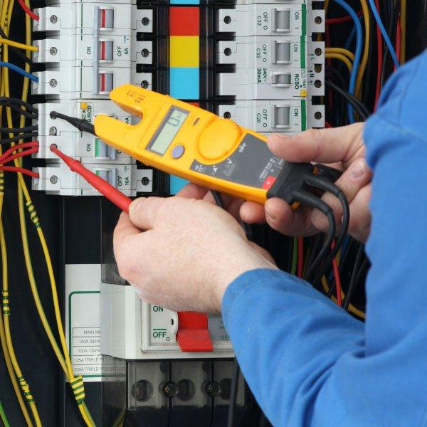 De quanto em quanto tempo a manutenção residencial deve ser feita?